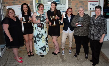The womens team award winners are (left to right). Janette Thompson (team manager). Crystal Shaw, Tackler of the Year. Emma Lamborne, Most Improved Player of the Year. Charlott Chard, Forward of the Year. Claire Joiner, Golden Boot Award for Stubbing her toe in the locker room before a game & crying off with the injury. Jackie Jones, Club Woman of the Year. Sam Wilson, Head Coach. https://idrismartin.wordpress.com/