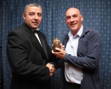 The Kit Davidson Kneecap Trophy was awarded by Dave Allan (left) to Vaughn Carter. https://idrismartin.wordpress.com/