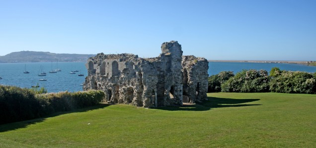 Weymouth & Portland this morning.. Sandsfoot Castle built by Henry the VII to protect Portland Harbour has seen better days but still dominates the area. https://idrismartin.wordpress.com/