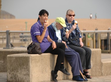 West Bay Dorset. With the temperature in the high 20's it's time to cool off with a vanilla ice cream. https://idrismartin.wordpress.com/