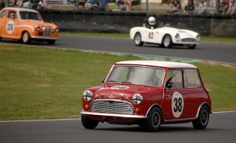 HRDC Allstars /AcCD/ASC competiitor and AC DC singer songwriter Brian Johnson races his 1964 Mini Cooper S 38 around Quarry Corner on Sunday. https://idrismartin.wordpress.com/